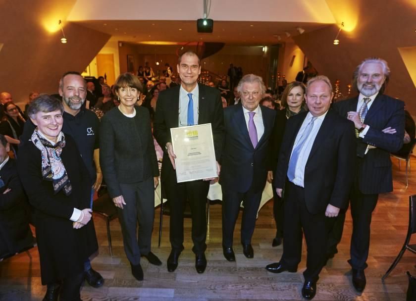 Schaffermahl 2016 Verleihung des Altstadt-Preises an die Off-Road Kids Stiftung durch Frau Oberbürgermeisterin Henriette Reker und die Bürgergemeinschaft